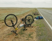 Ремонт колеса велосипеда.